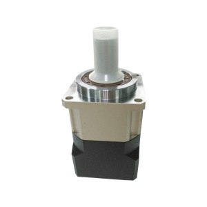 ZJU06精密通用行星减速机 斜齿 单段 方法兰